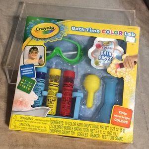 Crayola bath time color lab